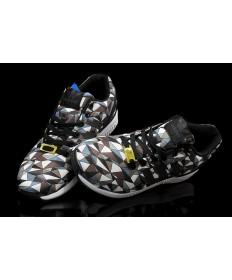 Adidas ZX Flux de chocolate prisma/formadores/blanco/negro para los hombre cadetazul