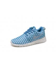 Nike Roshe Run Triángulos de cielo profundo azul/blanco para los zapatos para mujer formadores