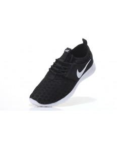 Nike Roshe Run Hyp QS Negro/blanco para los zapatos para hombre