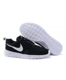 Nike Roshe Run NM BR 3M Negro/trainers blancos para hombre