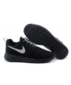 Nike Roshe Run negro/zapatos tenis blancos