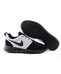 Nike Roshe Run Negro/Zapatos blancos