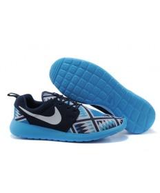 Nike Roshe Run zapatillas de deporte azules a hombretes Negro/Blanco/Cielo Luz