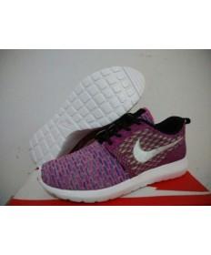 Nike zapatillas de deporte Flyknit Roshe Run/rosa púrpura/blanco para las mujeres