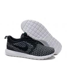 Nike para hombre Run Roshe Flyknit a hombretes Negro/zapatillas de deporte grises