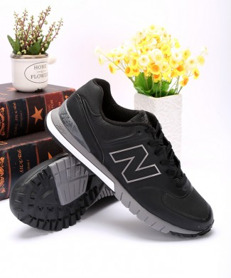 New Balance 574 zapatos negros RevLite