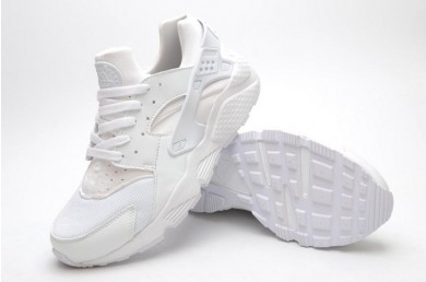 zapatos blancos Nike Air Huarache triples