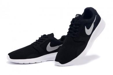 Nike Roshe Run para hombre Negro/Gris claro formadores zapatillas de deporte