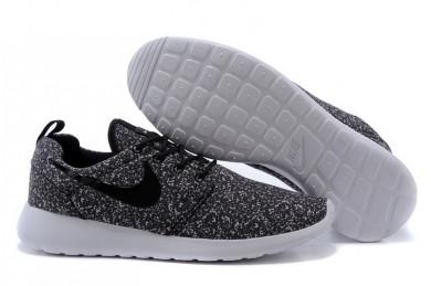 Nike Roshe Run para hombre Negro/Nieve zapatillas blancas